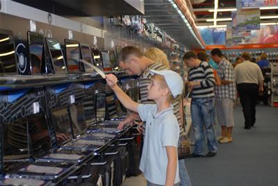 """Naujiems mokslo metams """"Topo centre"""" – 20 procentų mažesnės kompiuterių kainos"""
