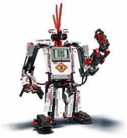 Robotikos akademija kviečia į robotikos stovyklą