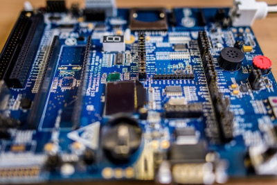 """Kompanija """"IBM"""" įgyvendins VGTU elektronikos inžinierių idėjas"""