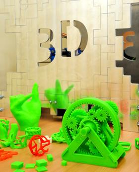 Tarp VGTU studentų baigiamųjų darbų – 3D spausdintuvo prototipas