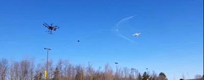 Dronas prieš droną – į kovą pasitelkiamas tinklas
