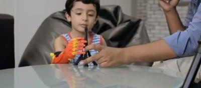 Robotika penkiamečiui suteikė galimybę gyventi visavertį gyvenimą