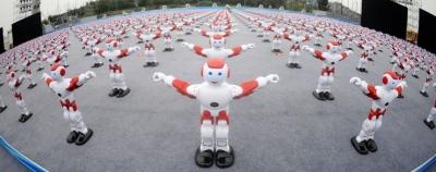 Šokantys robotai pagerino pasaulio rekordą