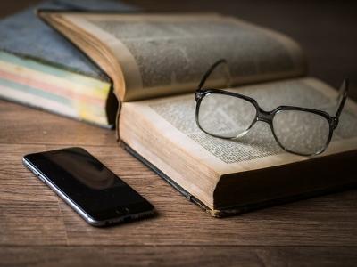 Penki patarimai, kad išmanusis telefonas netrukdytų miegui