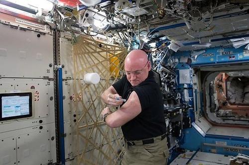 Pavyzdžiai, kodėl kelionės į kosmosą gali būti šlykščios
