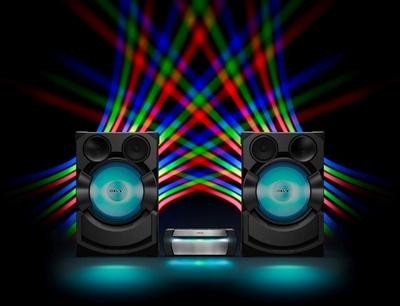 """""""Sony"""" pristato galingas muzikos sistemas namams"""