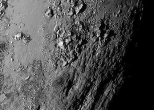 5 netikėti radiniai Saulės sistemoje