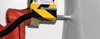 """Inovacinis robotas-dažytojas """"PictoBot"""" iš Singapūro"""