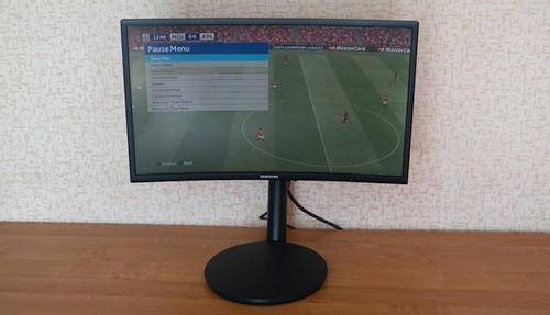 """""""Samsung C24FG70"""" apžvalga – žaidimų monitorius su išlenktu ekranu ir kvantiniais taškais"""