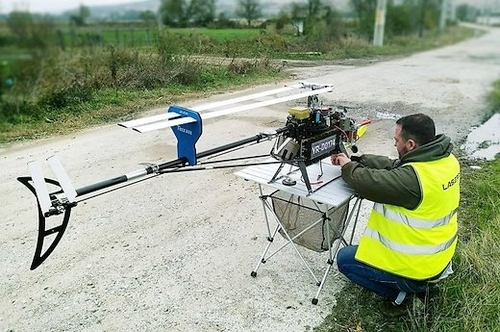 Dronai keičia žmonių darbą