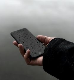 3 patarimai: kaip atšilus orams apsaugoti savo telefoną?
