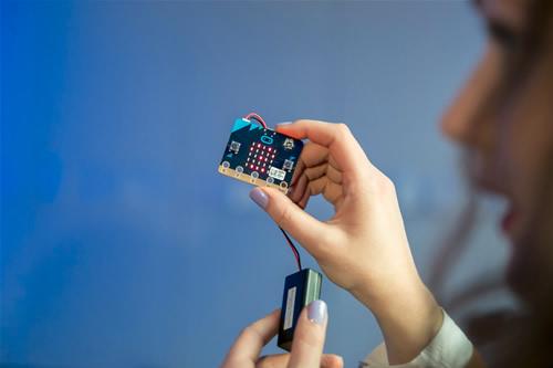 Įsibėgėja: surinkta beveik penktadalis mikrokompiuterių mokiniams