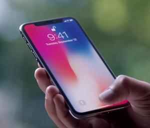 """""""iPhone X"""" – Prakąsto Obuolio revoliucija ar išmaniųjų standartas?"""