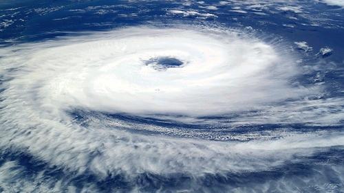 JAV su uraganais kovoja pasitelkdama technologijas