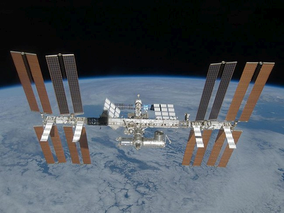 Geriau jau fantastiškai skambanti rusų idėja, nei oficialus NASA planas dėl TKS 2024 m.?
