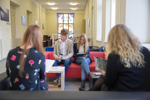 Studentai išbandė pasaulinių kompanijų taikomą asmeninio tobulėjimo programą
