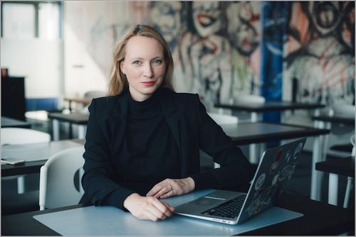 Augantis moterų skaičius IT sektoriuje – besikeičiančios tendencijos ar laikinas proveržis?