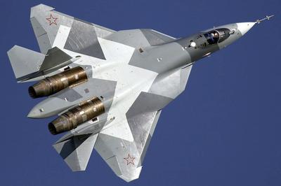 """Rusijos """"Sukhoi Su-57 PAK-FA"""" naikintuvas gali suduoti ir branduolinį smūgį?"""