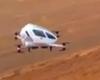 Kinijoje įvyko pirmasis pasaulyje keleivinio drono skrydis