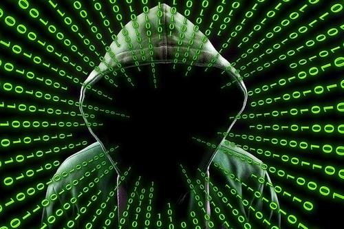Kibernetinis saugumas: siūlo kreiptis patarimo į karštąsias linijas