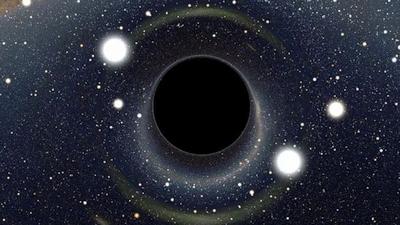 Juodoji skylė gali ištrinti visą žmogaus praeitį ir sukurti jam daugybę begalinių ateičių?