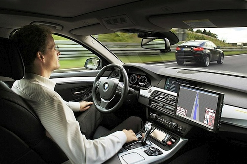 Kaip pasaulį pakeis bepiločiai automobiliai? Ar dar reikės vairuotojo pažymėjimo bepiločių automobilių amžiuje?