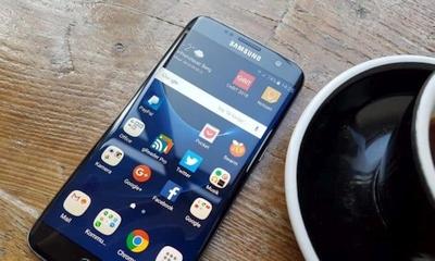 """""""Oppo"""" pradės naudoti """"Samsung"""" ekranus su lenktais kraštais"""