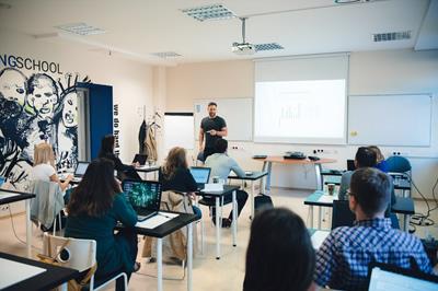 """Programavimo mokykla """"Vilnius Coding School"""" ruoš dar daugiau IT specialistų"""