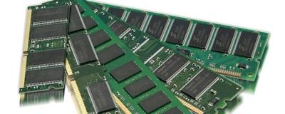 """""""Samsung"""" ir """"SK Hynix"""" ribos NAND ir DRAM gamybos plėtrą"""