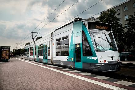 """""""Siemens"""" planuoja išbandyti pirmą pasaulyje savavaldį tramvajų"""