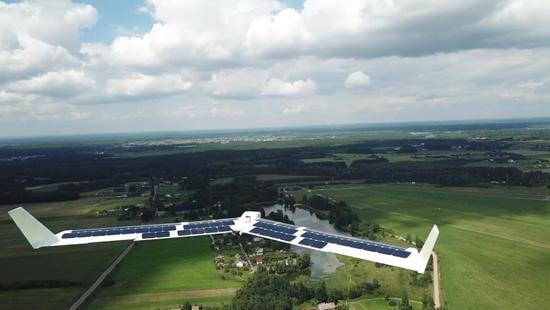 VGTU sukonstruotas pirmasis lietuviškas bepilotis orlaivis, varomas saulės energija