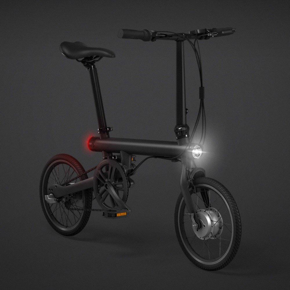"""Sulankstomas elektrinis dviratis """"XIAOMI QICYCLE TDR01Z"""" vienu įkrovimu įveikia 45 km atstumą"""