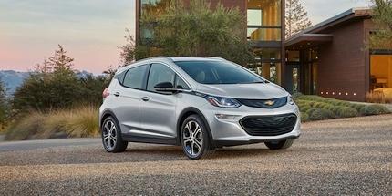 """Daugiau kaip 40 % elektromobilių pardavimų kritimas neišgąsdino """"General Motors"""""""