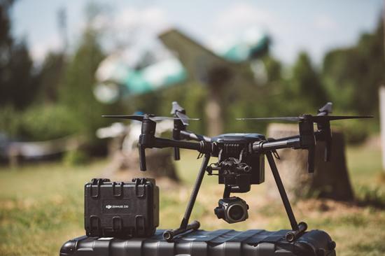 Filmavimas ir fotografavimas dronais: ką leidžia ir draudžia naujas duomenų apsaugos reglamentas?