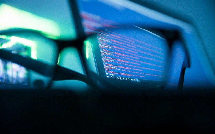 Atakos vis dažnėja: kaip apsisaugoti nuo duomenų vagysčių?
