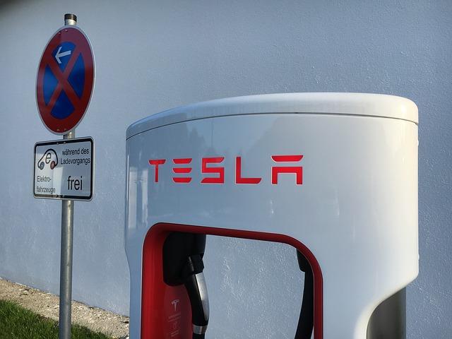"""Lietuviai atkreipė technologijų giganto """"Tesla"""" dėmesį"""