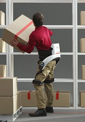 """LG """"CLOi"""" robotai artėja prie komercializavimo"""