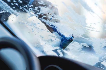 Artėja šaltos naktys: ar ryte užvesite savo automobilį?