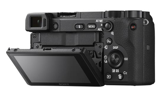 """""""Sony"""" pristato fotoaparatą """"α6400"""" su naujos kartos autofokusavimo funkcijomis"""