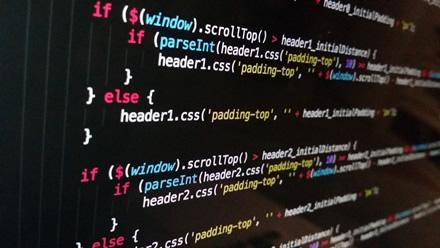 """""""JavaScript"""" ir toliau išlieka populiariausia programavimo kalba"""