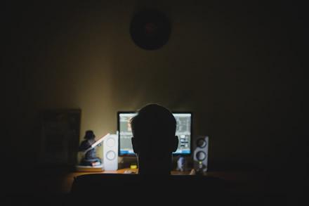 Programišius pripažino, kad lietuviai internete jaučiasi nepagrįstai saugūs