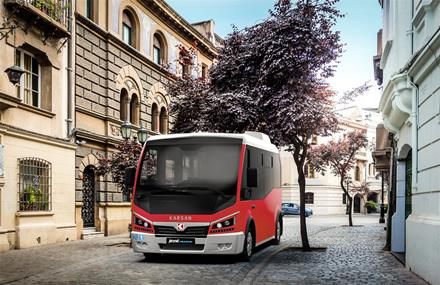 Išskirtinė diena sostinės viešojo transporto istorijoje – perkami pirmieji elektriniai autobusai