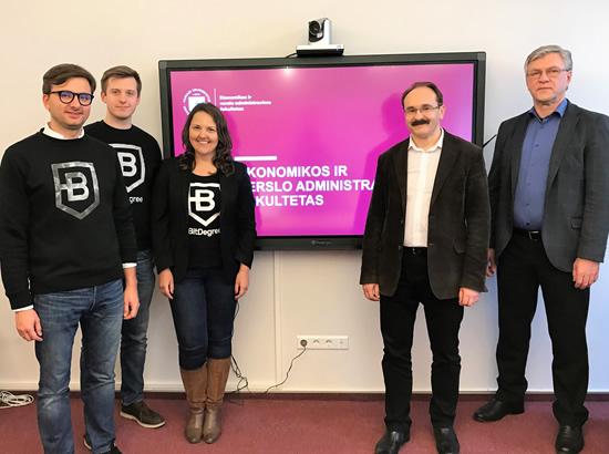 """Pirmieji pasaulyje: """"BitDegree"""" ir Vilniaus universitetas motyvuos mokytis internetu"""