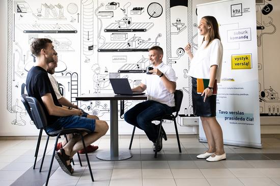 "Startuolių inkubatoriuje KTU ""StartupSpace"""