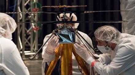 Marse skriesiančios skraidyklės bandymai © NASA