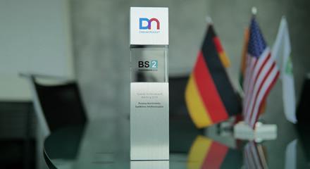 BS/2 apdovanota už verslo pasiekimus Uzbekistane