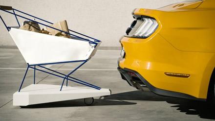 """Šis vežimėlis saugo automobilius aikštelėje © """"Ford"""" nuotrauka"""