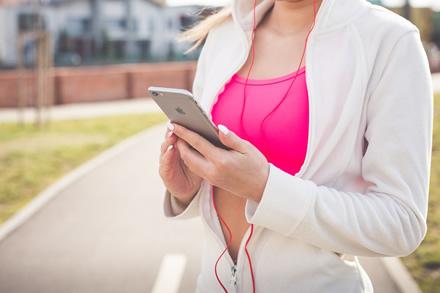 Pradedate sportuoti? Pasitarkite su savo telefonu!