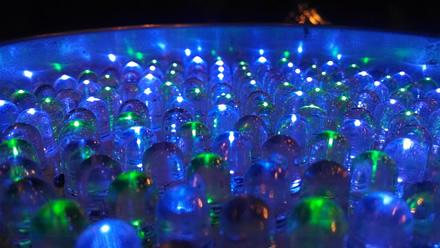 Prancūzijos reguliatorius įspėjo apie LED lempų pavojų akims