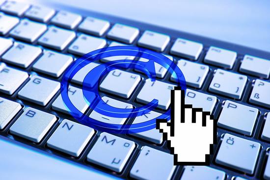 ES direktyva gaivina primirštas autorių teises: lieka ir abejonių